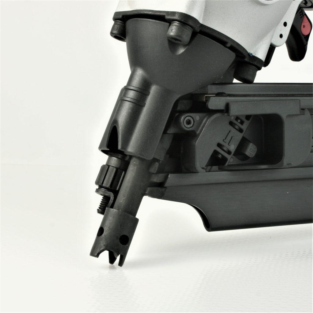 Durable, tough nose on 28 degree wire weld framing nailer gun