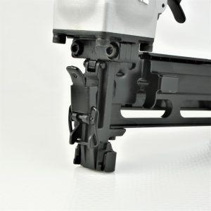 """Tough, durable, high power 2 inch 7/16"""" medium crown staple gun"""
