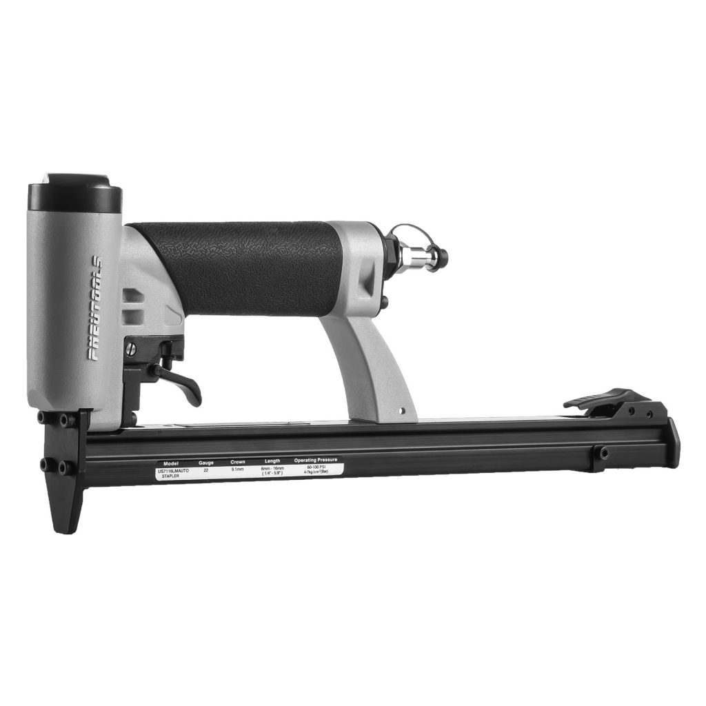 US8016LMA-automatic-upholstery-stapler-gun-for-furniture-and-mattresses-manufacturing-angle-R